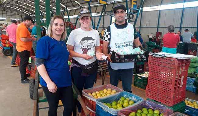 Ceasa Caxias do Sul - Lembranças de Páscoa para agricultores da Ceasa Serra