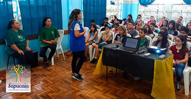 Educação Ambiental - Alunos de Sapucaia do Sul aprendem sobre reciclagem de materiais