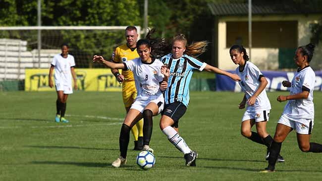 Grêmio vence o Moreninhas por 7 a 0 1 - Gurias Gremistas vencem e lideram o grupo 4 do Brasileiro Feminino A2