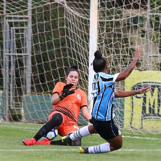 Grêmio vence o Moreninhas por 7 a 0 2 - Gurias Gremistas vencem e lideram o grupo 4 do Brasileiro Feminino A2