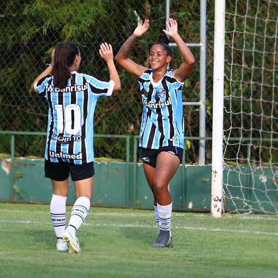 Grêmio vence o Moreninhas por 7 a 0 - Gurias Gremistas vencem e lideram o grupo 4 do Brasileiro Feminino A2