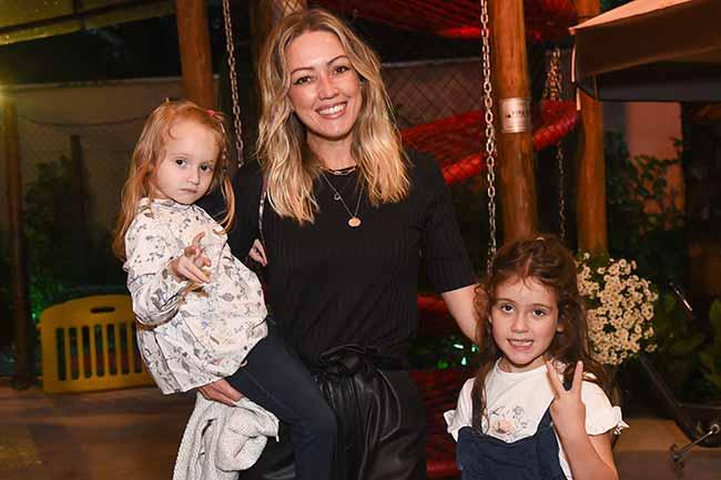Juliana Toty E Madu Puglisi  246 - Chicco reúne grávidas famosas em evento