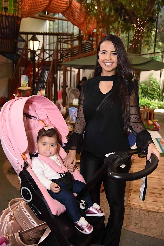 Renata Abate E Giovanna Abate 889 - Chicco reúne grávidas famosas em evento