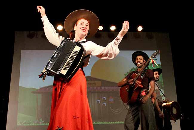 TeatroMotototi - Espetáculos em Libras na Casa de Cultura Mario Quintana neste sábado