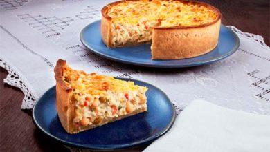 Torta de bacalhau com massa de grão de bico 390x220 - Torta de bacalhau com massa de grão de bico