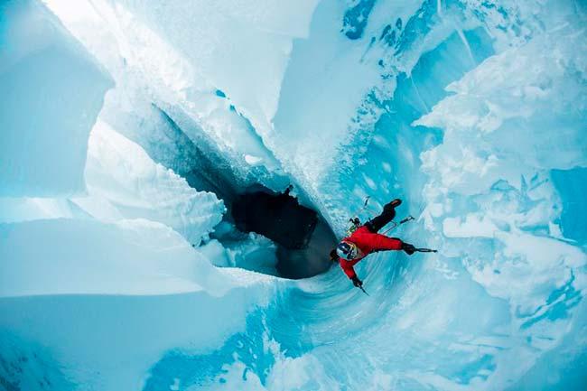 Will Gadd pondella greenland 3263 - Groenlândia: alpinista e herói da ONU explora os subterrâneos de calota de gelo