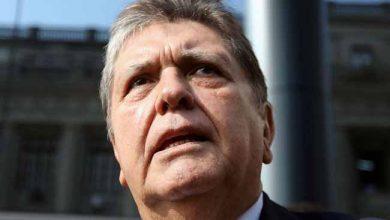 Photo of Ex-presidente do Peru morre após dar tiro na cabeça