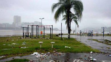 chuva rio 390x220 - Quatro pessoas já morreram por causa das chuvas no Rio