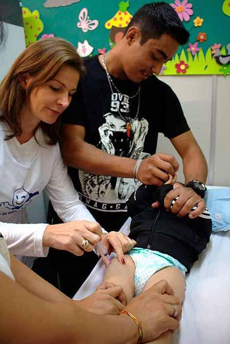 crianças e gestantes são vacinadas em Caxias do Sul 1 - Mais de 4,4 mil crianças e gestantes são vacinadas em Caxias do Sul