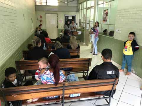 gripe 3 - Primeiro dia de vacinação tem boa procura em São Leopoldo