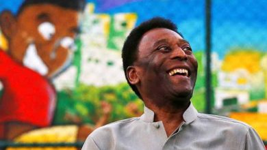 pele 390x220 - Pelé está internado no Hospital Albert Einstein