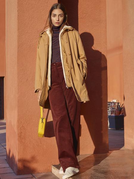 360481 878867 017 lacoste fw18 womenswear look book web  - Lacoste lança terceira parte do seu Outono/Inverno 2018-19