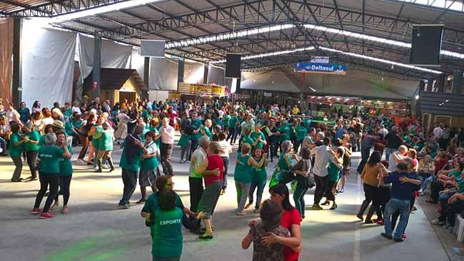 Alunos do Viver Bem São Leiopoldo - São Leopoldo: Alunos do Viver Bem na 22ª Kartoffelfest