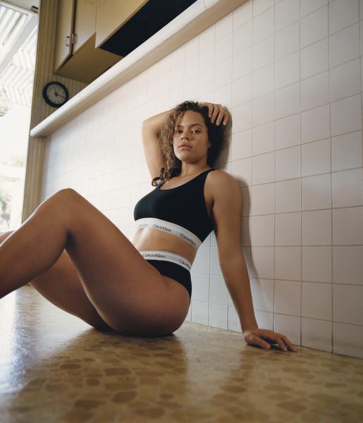 CK Plus Size  - Calvin Klein Underwear lança linha feminina Plus Size