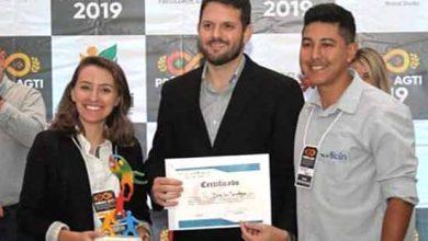 Camila Corrêa Vargas Rafael Evaldt e Matheus Gomes 390x220 - Empresa incubada no Feevale Techpark venceu Prêmio AGTI 2019