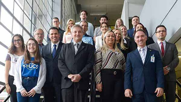 Comdecon de Caxias do Sul 20 - Empossados novos integrantes do Comdecon de Caxias do Sul