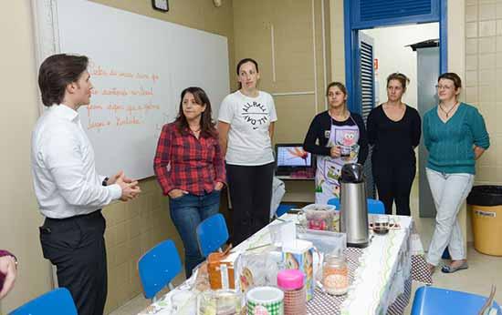 Daniel Guerra visita escola em Caxias do Sul 1 - Prefeito Daniel Guerra acompanha aulas em Caxias do Sul