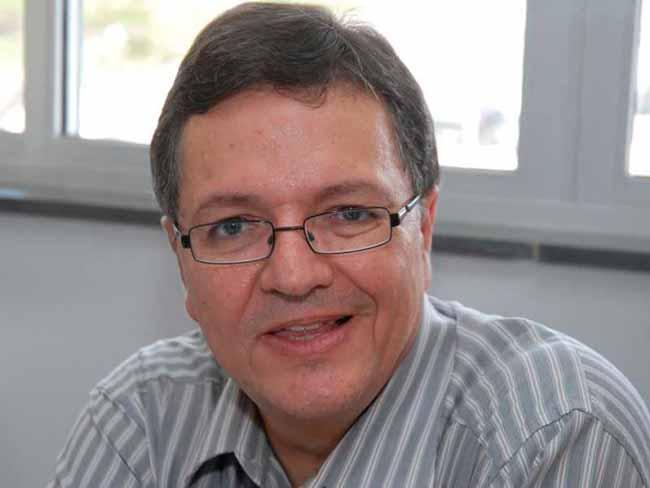 Eduardo Rios Neto - Diretores do IBGE são exonerados