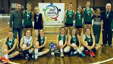 Equipe Recreio da Juventude 1 390x220 - Caxias: equipe Recreio da Juventude é campeã dos Jogos Abertos de Vôlei Feminino