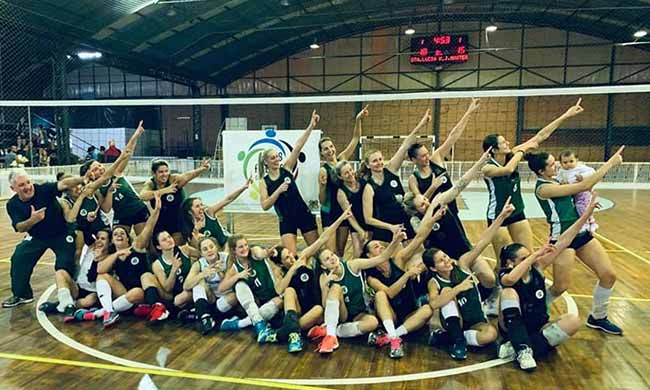 Equipe Recreio da Juventude 2 - Caxias: equipe Recreio da Juventude é campeã dos Jogos Abertos de Vôlei Feminino