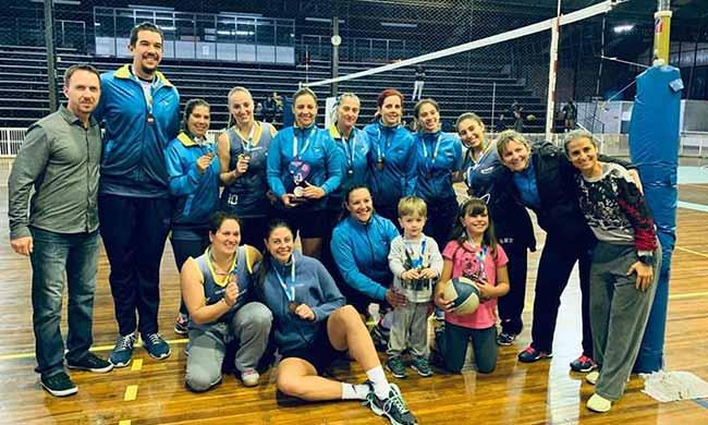 Equipe Recreio da Juventude 3 - Caxias: equipe Recreio da Juventude é campeã dos Jogos Abertos de Vôlei Feminino