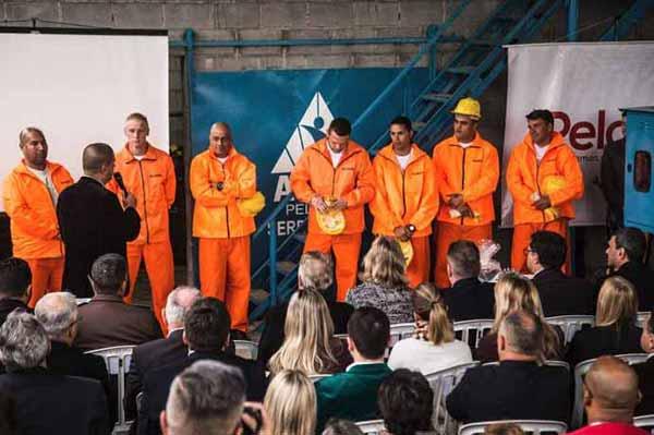Fábrica em presídio de Pelotas 1 - Inaugurada fábrica de artigos de concreto no Presídio de Pelotas
