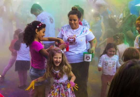 FEIRA DO LIVRO INFANTIL SESC 1 - Feira do Livro Infantil Sesc encerrou no domingo na Via del Vino em Bento Gonçalves