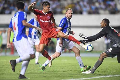 Inter em Belém do Pará 2 - Inter derrota Paysandu em Belém e segue às quartas da Copa do Brasil