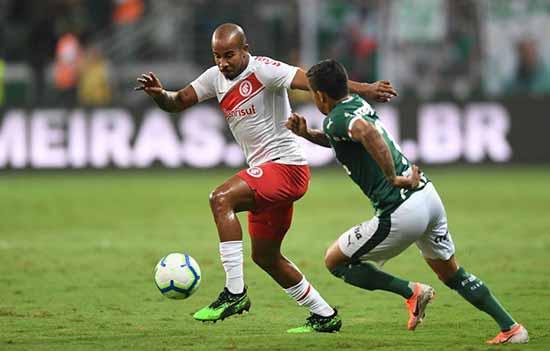 Inter superado pelo Palmeiras em São Paulo 2 - Inter é derrotado pelo Palmeiras em São Paulo