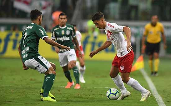 Inter superado pelo Palmeiras em São Paulo 3 - Inter é derrotado pelo Palmeiras em São Paulo