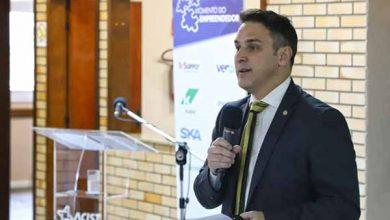 Luciano Zucco 2 390x220 - Deputado Luciano Zucco palestrou na Associação Comercial em São Leopoldo
