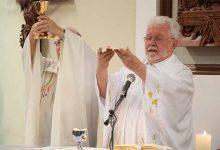 Marcelo Fernandes de Aquino 220x150 - Reitor da Unisinos celebra missa em homenagem às mães