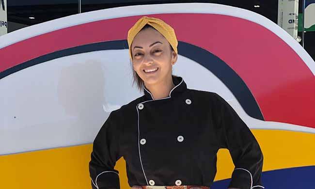 Marcia Cani proprietária do Dona Augusta 1 - Praia Brava contará com opções gastronômicas de almoço temático com buffet e confeitaria portuguesa