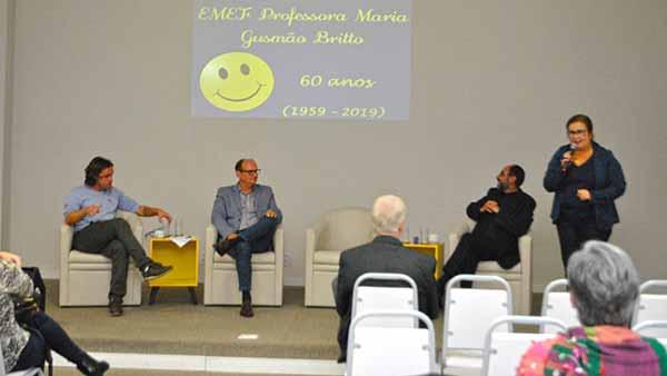 Maria Helena Tronquini diretora da Escola Municipal Gusmão Brito bx - Nível de atividade econômica de São Leopoldo cresce 3,2%