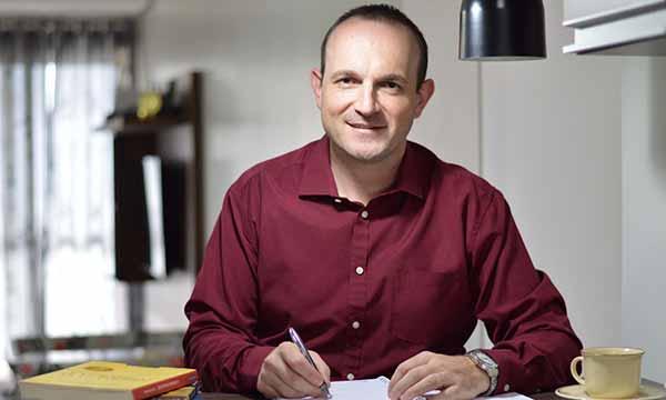 Natanael Buogo Café com Ideias Sindilojas Caxias do Sul - 'O comportamento e as finanças' no Café com Ideias do Sindilojas Caxias do Sul