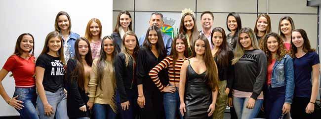 Nova Santa Rita soberanas - 20 candidatas vão disputar o título de Soberana de Nova Santa Rita