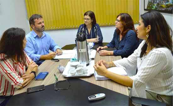Novo Hamburgo e Feevale - Prefeitura de Novo Hamburgo e Feevale debatem sobre a BNCC