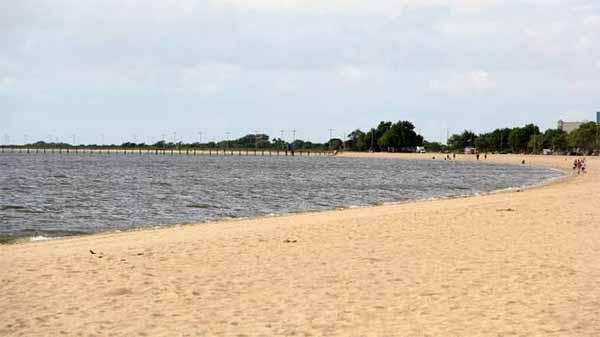 Praia do Laranjal Pelotas 3 - Praia do Laranjal, um dos pontos turísticos de Pelotas