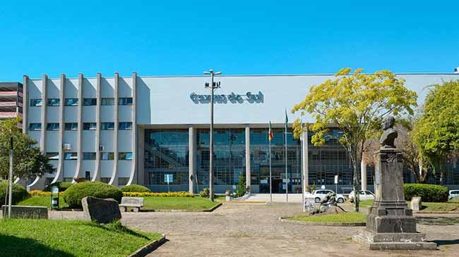 Prefeitura de Caxias do Sul - 50 novos servidores são nomeados em Caxias do Sul