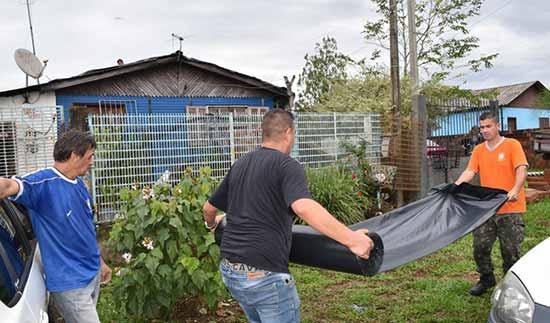 Prefeitura de Sapiranga 2 - Prefeitura de Sapiranga auxilia famílias atingidas pelo temporal