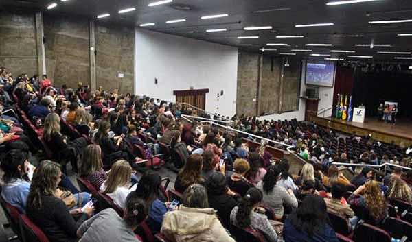 Professores de Educação Infantil São Leopoldo - Professores de Educação Infantil recebem formação continuada em São Leopoldo