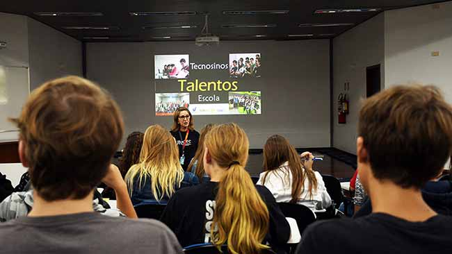 Programa Talentos do Tecnosinos 1 - Programa Talentos do Tecnosinos aproxima jovens do ambiente de inovação