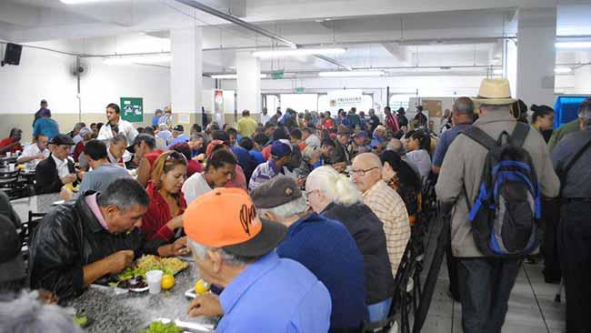 Restaurante Popular de Caxias do Sul 1 - Dia da Cidadania atrai quase 800 pessoas ao Restaurante Popular de Caxias
