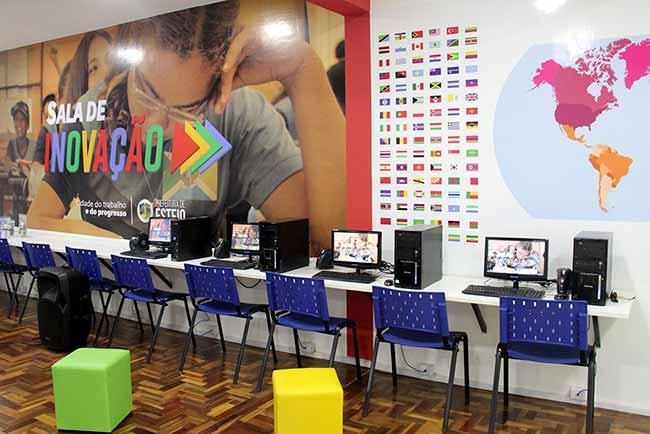 Sala de Inovação - Escola Eva Karnal ganha primeira Sala de Inovação de Esteio