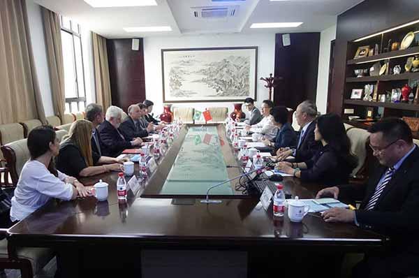 Unisinos assina convênio de cooperação com ECNU 3 - Unisinos assina convênio de cooperação com ECNU em Xangai