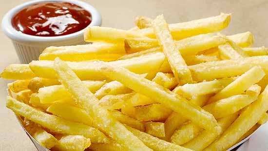 batata frita - Comer sem horário pode aumentar risco de morte por ataque cardíaco