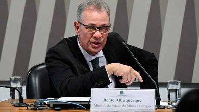 bento albuquerque 390x220 - Ministro afirma que não há barragem segura no Brasil