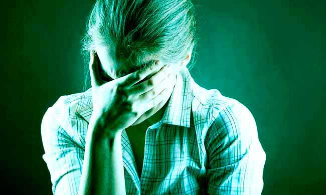men - Excesso de informações afeta saúde mental