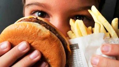obesidade infantil 390x220 - Sobrepeso e obesidade causam mesmos riscos de doença cardiovascular em jovens