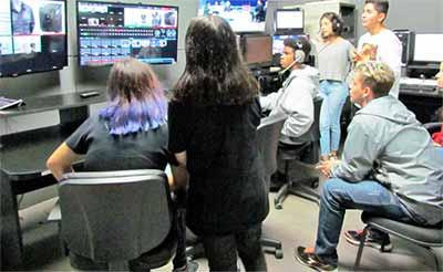 oficinas de Audiovisual 2 - Jovens das oficinas de Audiovisual da Prefeitura tem aula prática na Feevale